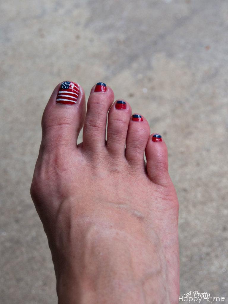 festive 4th of july ideas american flag pedicure