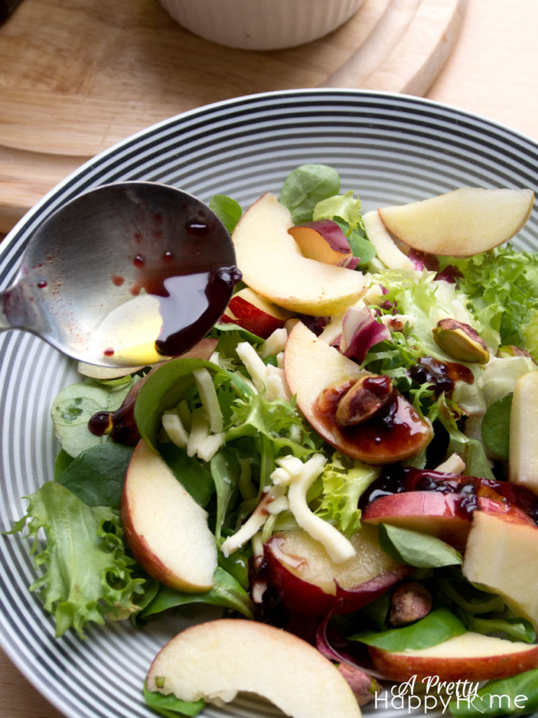 berry balsamic vinaigrette weekday quarantine schedule