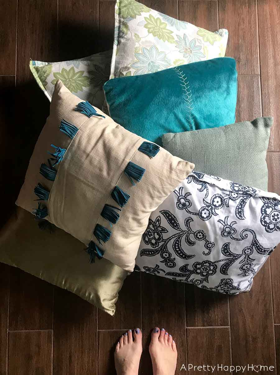 one year without throw pillows