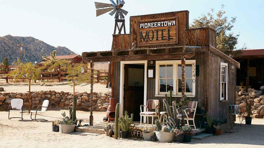 pioneertown motel on the happy list