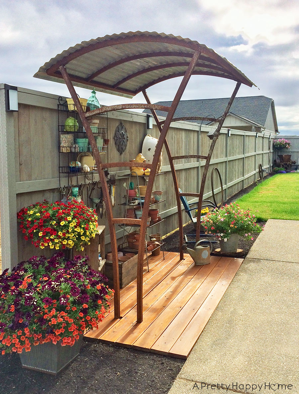 Bus Stop Gardening Station