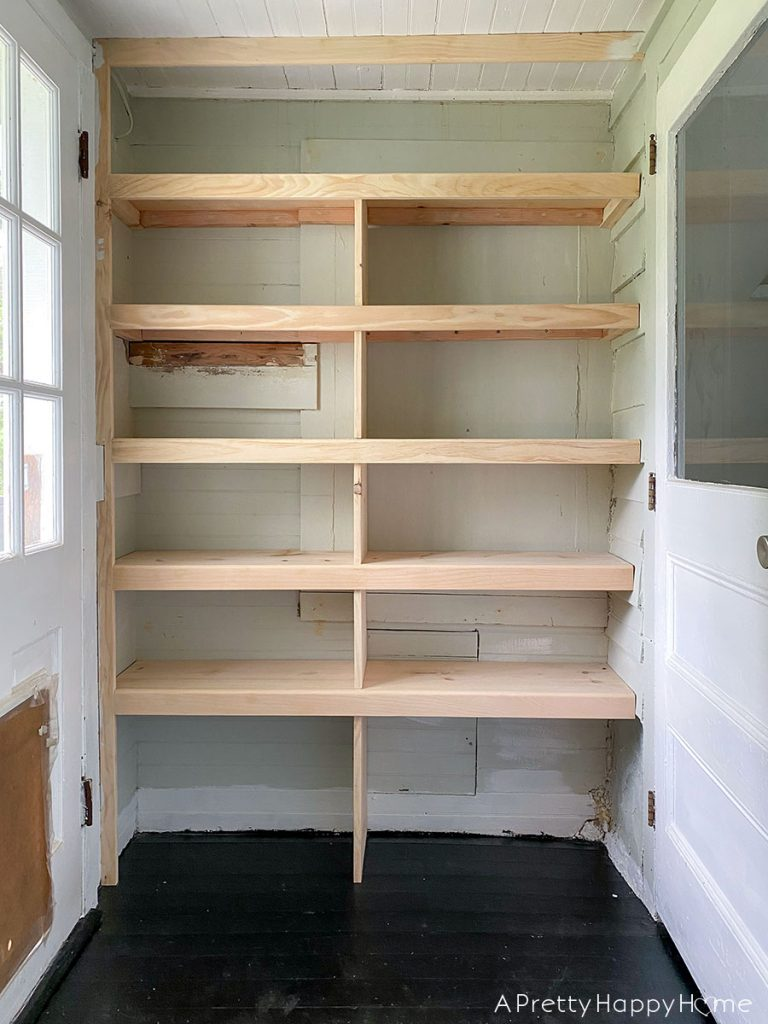 back porch shelves for drink storage