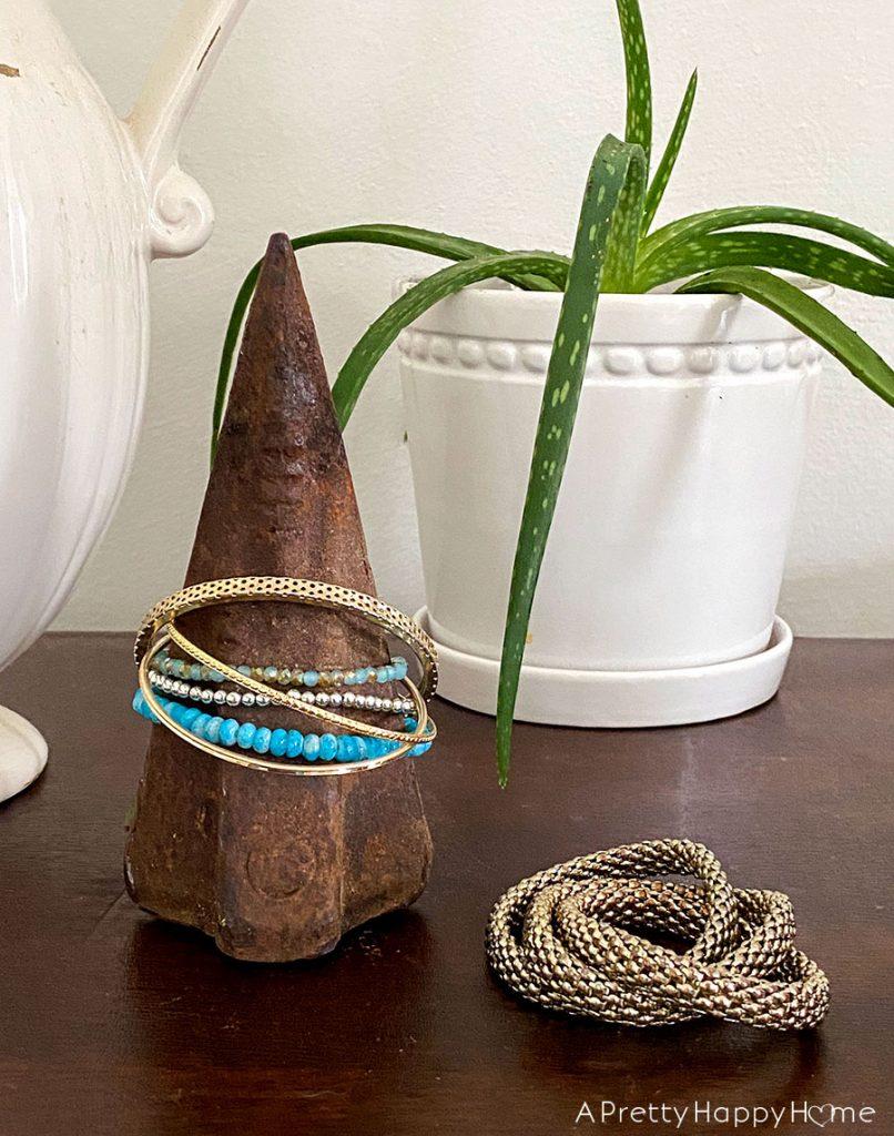 splitting wedge decor ideas jewelry holder